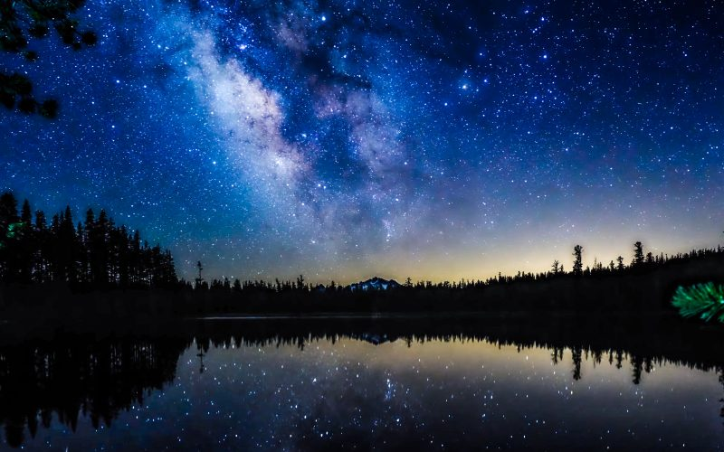 A photograph of the Milky Way in the night sky