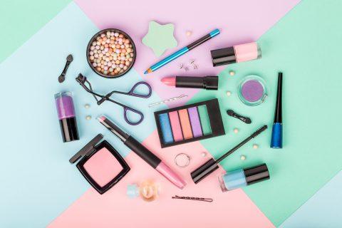 A photo of a set of professional decorative cosmetics.